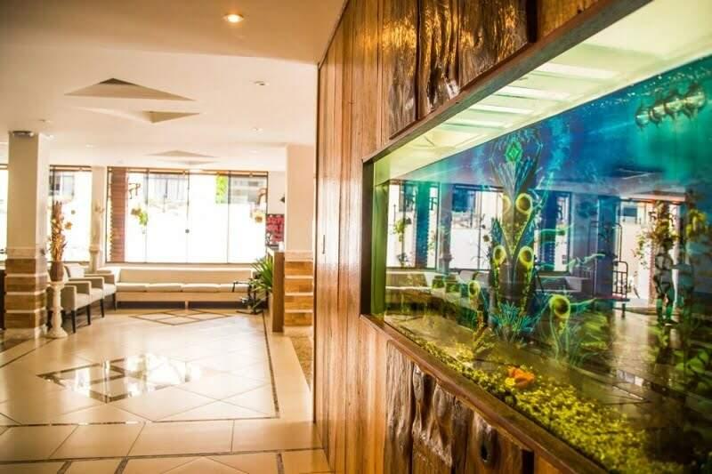 hotel rouxinol - espaço interno